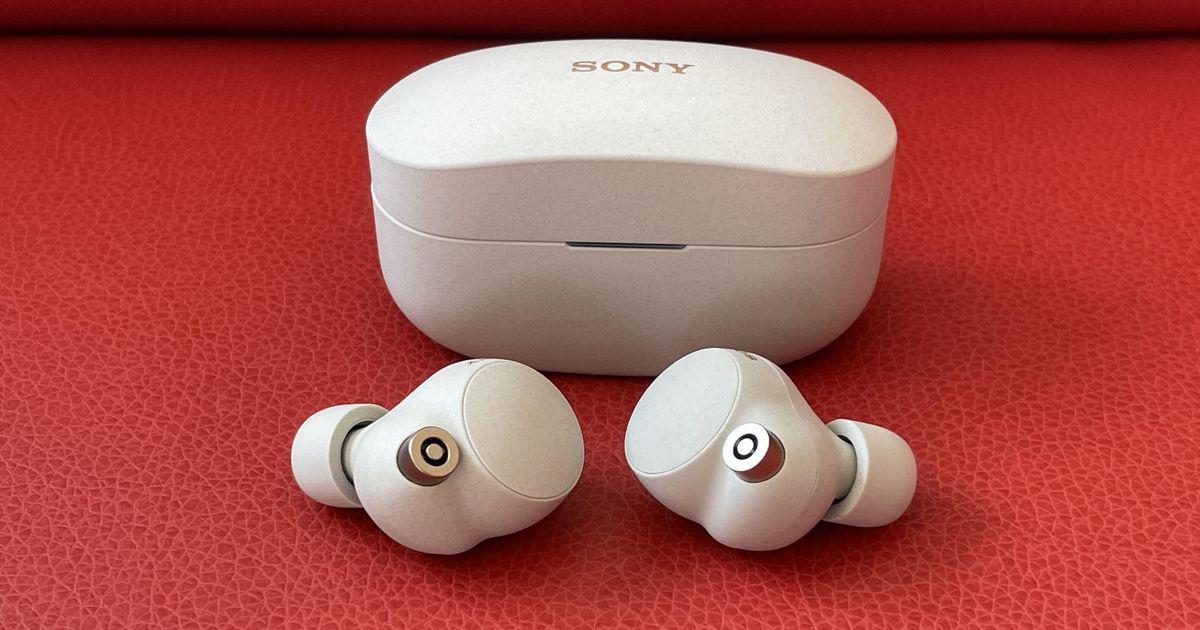 Sony WF-1000XM4 Earbuds